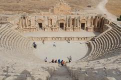 ampitheatre in jerash ruins