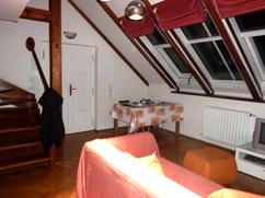 2011-04-01 inside flat.png