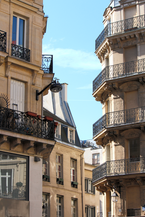 paris.balconies