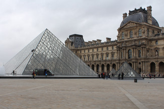 pyramid at the louvre