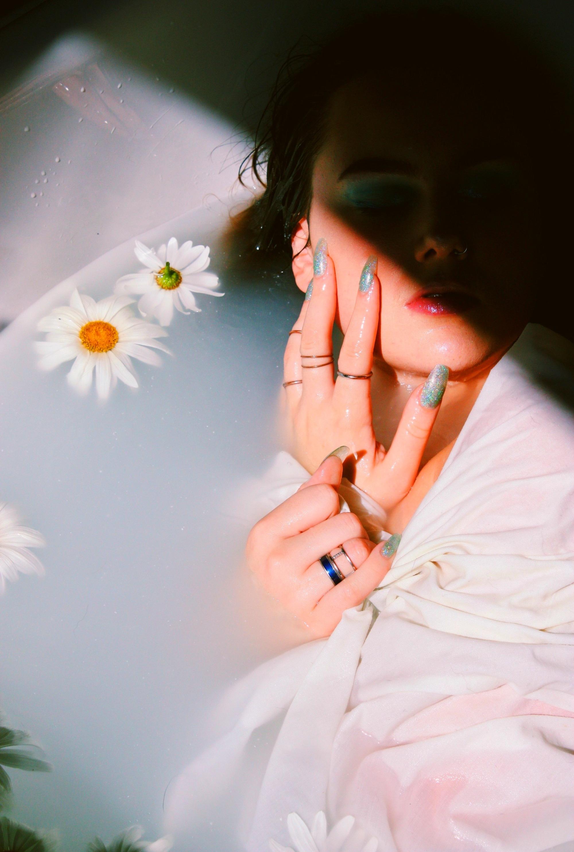 Daisy%2520Manicure_edited_edited