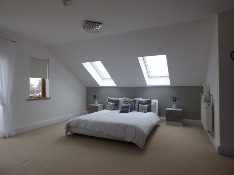 Inspiring room from light and proportions