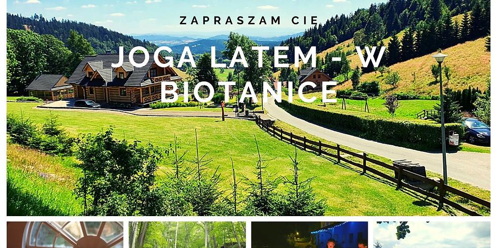 W sercu lata, w sercu Gór - tydzień z jogą w Biotanice.