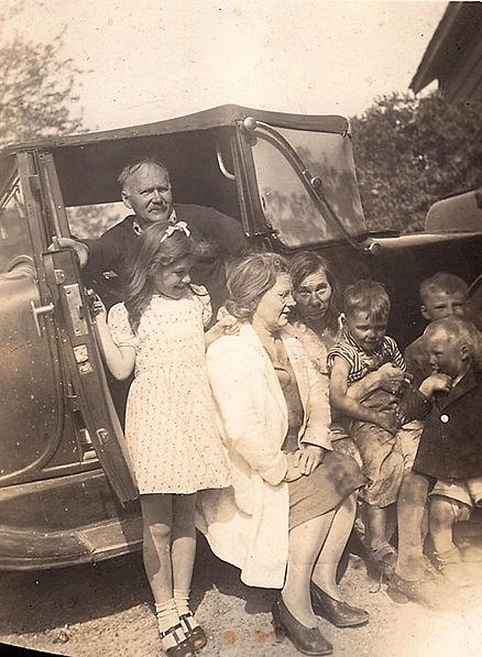1941ish Walter Janice Dunno Dunno Fred B