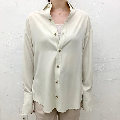 抜き衿オーバーサイズシャツ