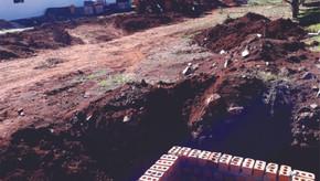 Iniciou a 2ª etapa das obras de calçamento com pedras irregulares em Saldanha Marinho
