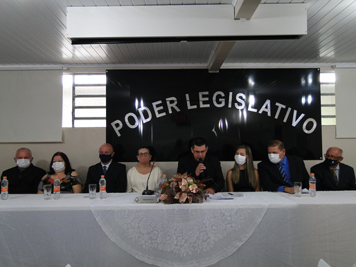 Autoridades do Executivo e Legislativo de Saldanha Marinho tomaram posse