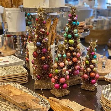 christmas_table.jpg