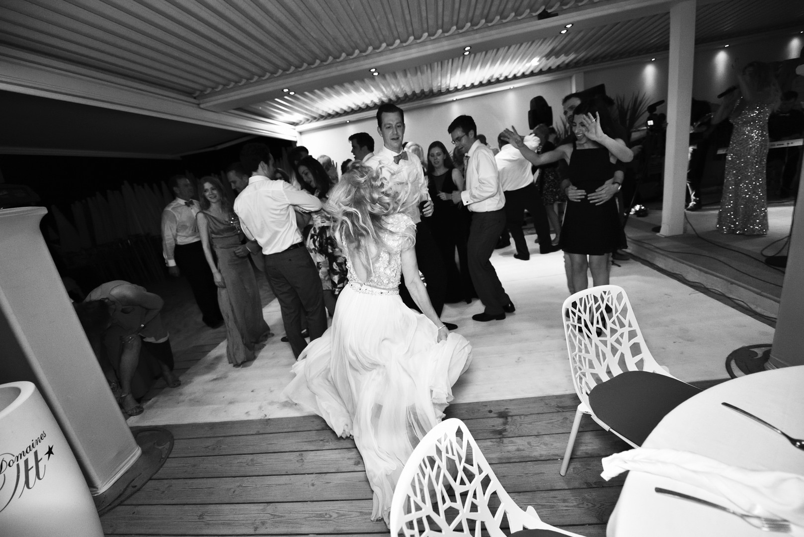 Awardweddings.fr__B&W Candid_030.jpg