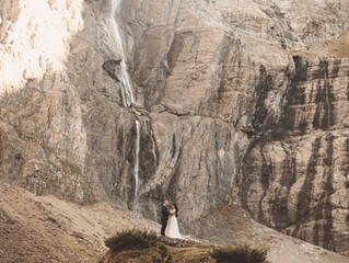 Couple shoot in the Pyrenees mountains, by Top Destination Wedding Photographer in South West France