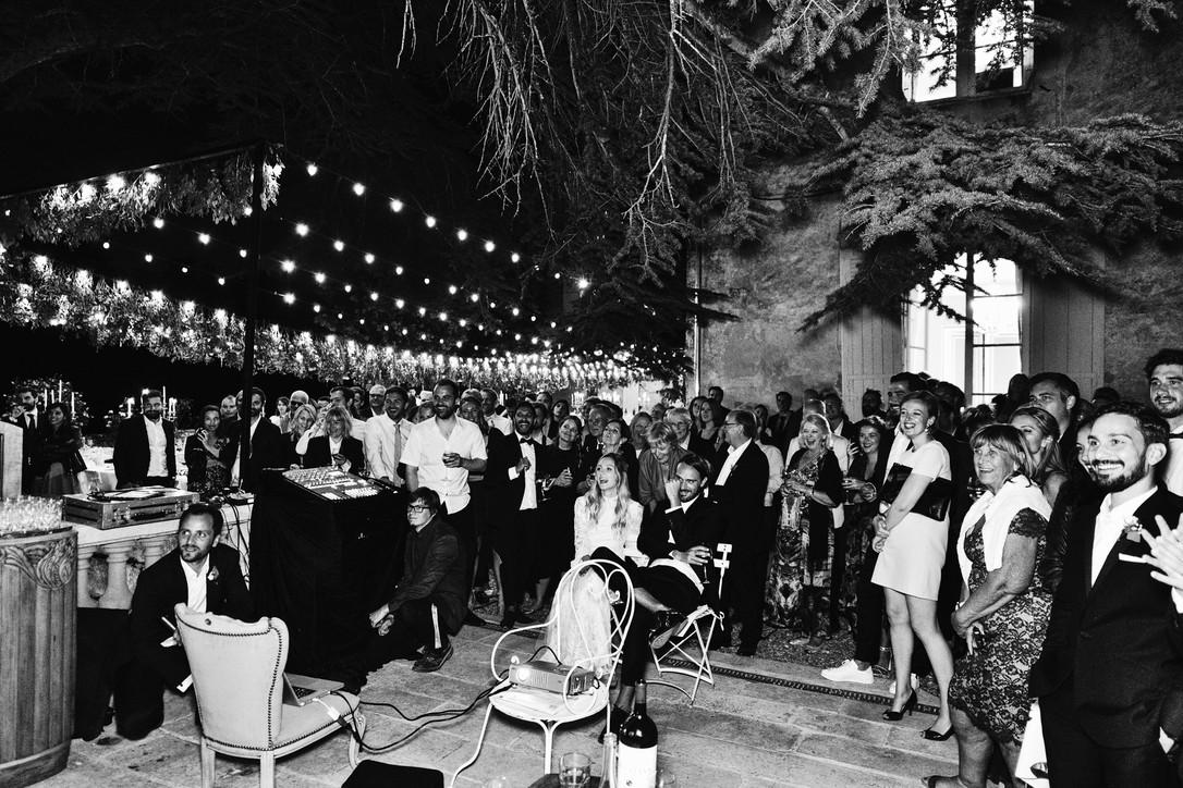 Awardweddings.fr__B&W Candid_041.jpg