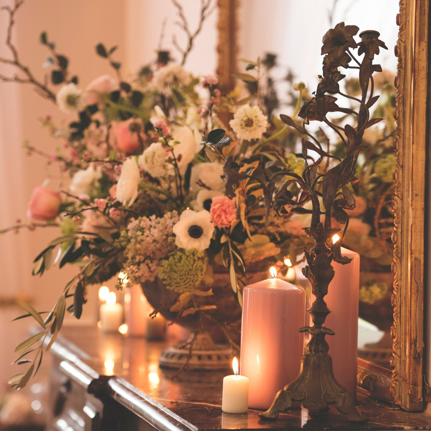 Flowers and candles decorations