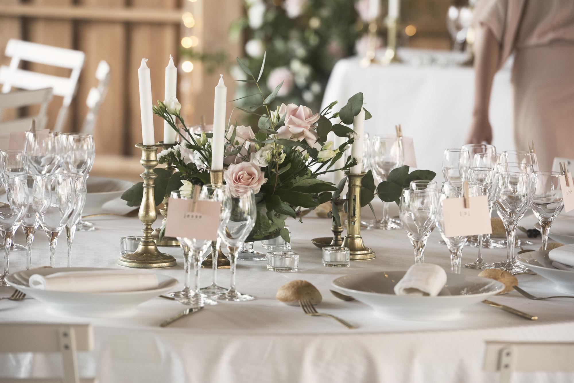 Fine art French wedding styling