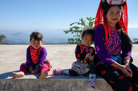 タイ・ミャンマー国境で暮らすリス族の子どもたち