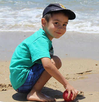 beach-1205508-2_edited.jpg