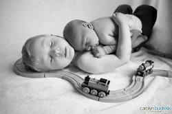 calgary newborn photo with sibling