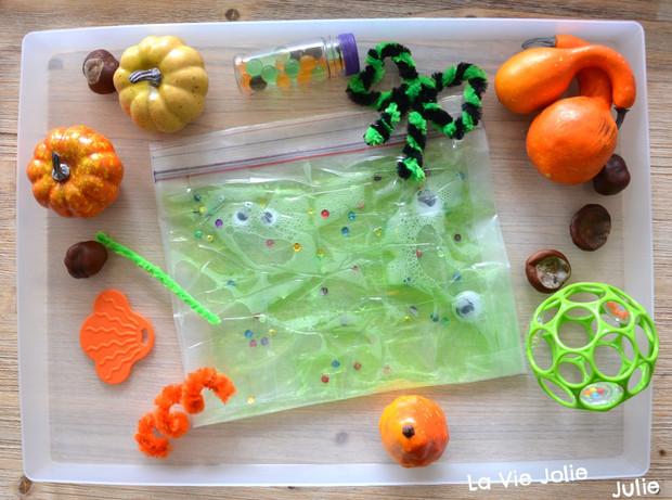 Relativ Plateau sensoriel d'Halloween | Activités pour tout-petits  WG54