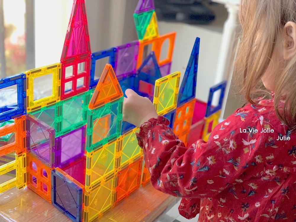 Les blocs de construction magnétiques