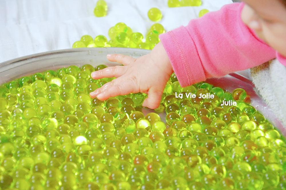 Plateau sensoriel : les perles d'eau