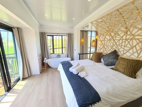 Eco Coconut 6 En-Suite Bedroom