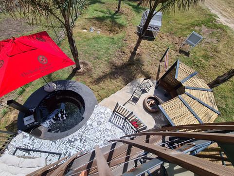 Econ Coconut 7 Outdoor Area