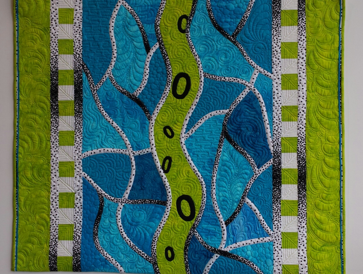 Sea Glass Path (full quilt)