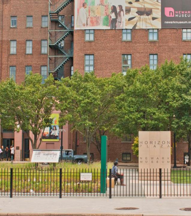 Horizon Plaza Newark Museum