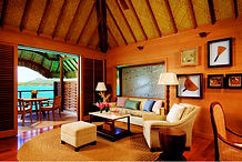 four-seasons-bora-bora-bungalow-interior