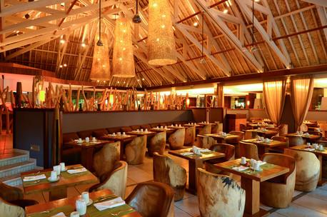 The Reef Restaurant - IC BOB THA.jpg