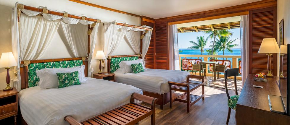 Panoramic Lagoon Room