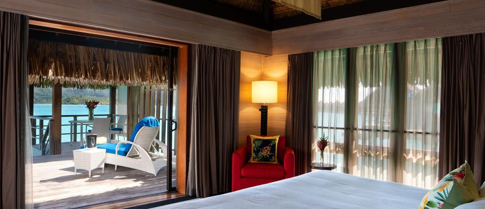 Overwater Deluxe Villa - Island View (1 bedroom)