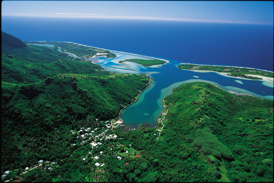 Huahine (Tim Mc Kenna).jpeg