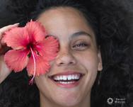 Tahitian_woman_hibiscus