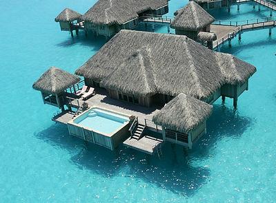 one-bedroom-overwater-royal-villa-otamen