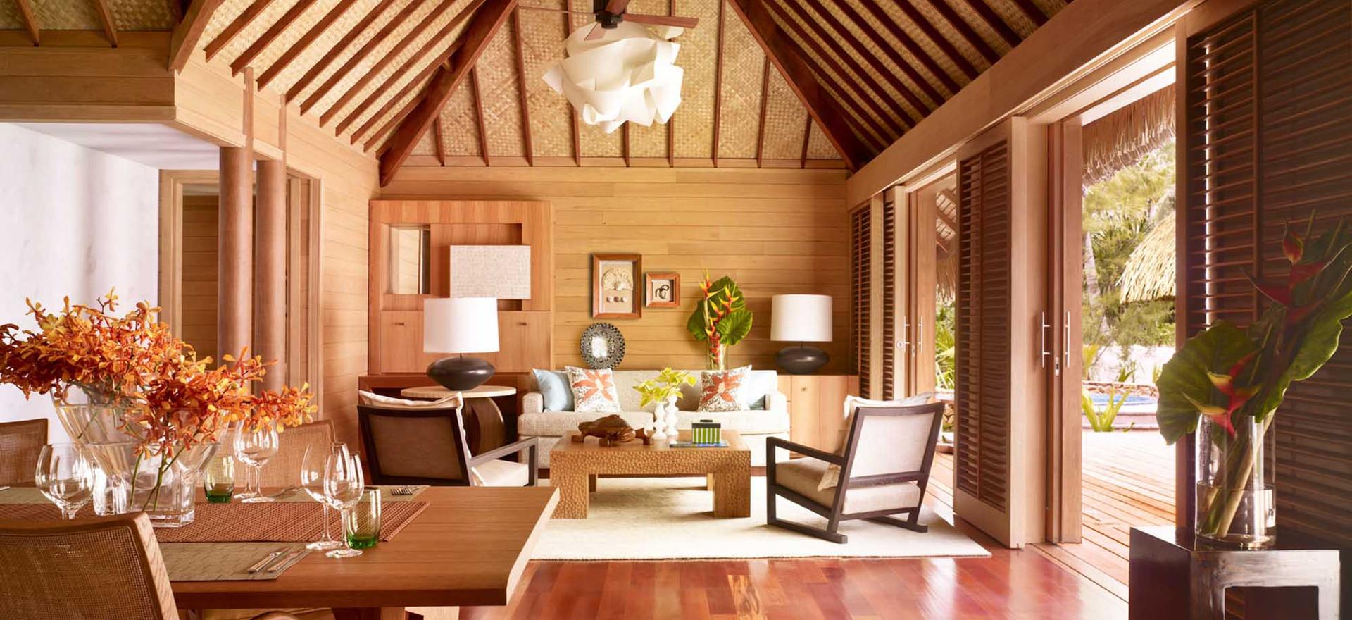 One Bedroom Beachfront Villa Estate w/Pool