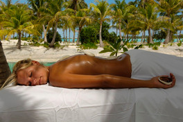 BOB_St_Régis_Spa_Hot-Stone-Massage.galle