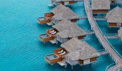 four-seasons-bora-bora-overwater-bungalo