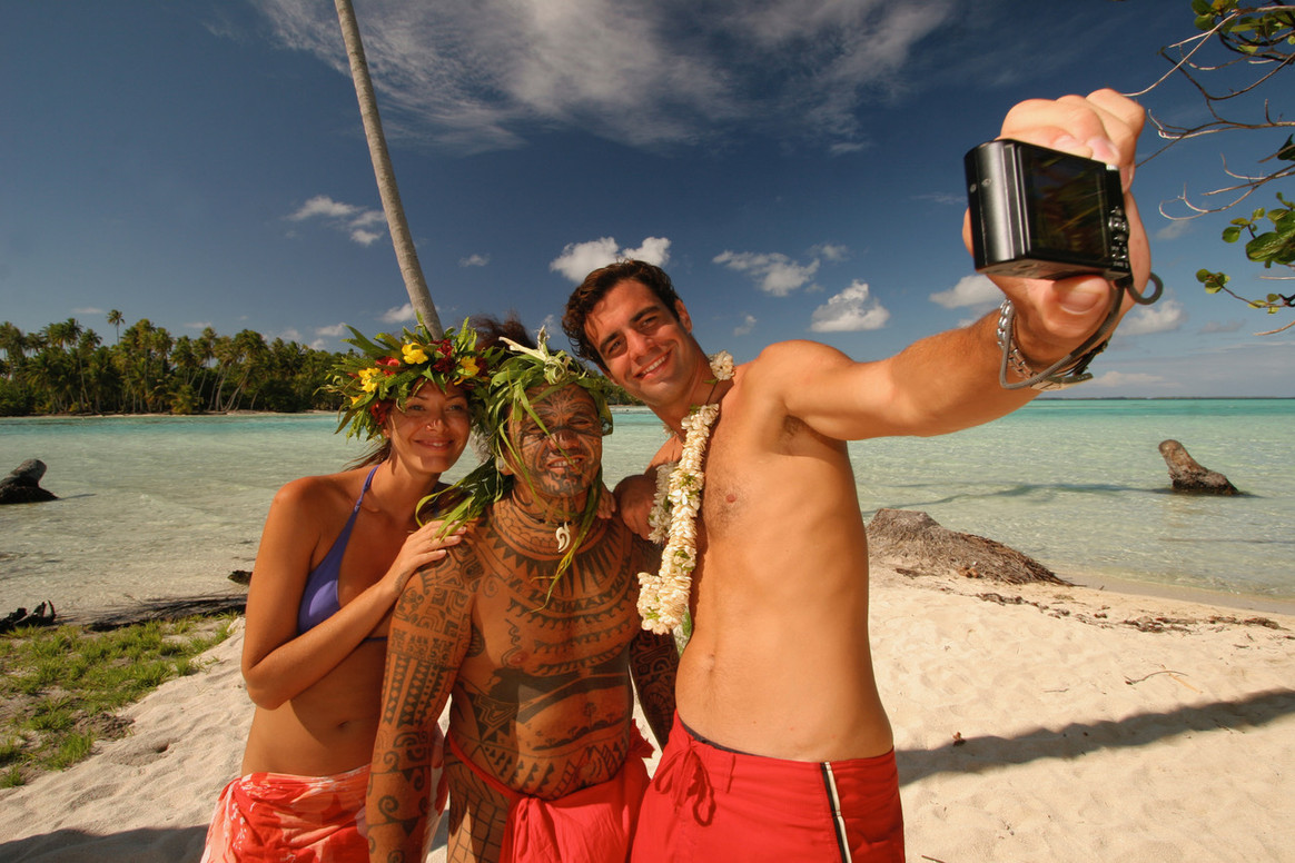 514-hiResolution-TAHAA_Polynesian_Experi