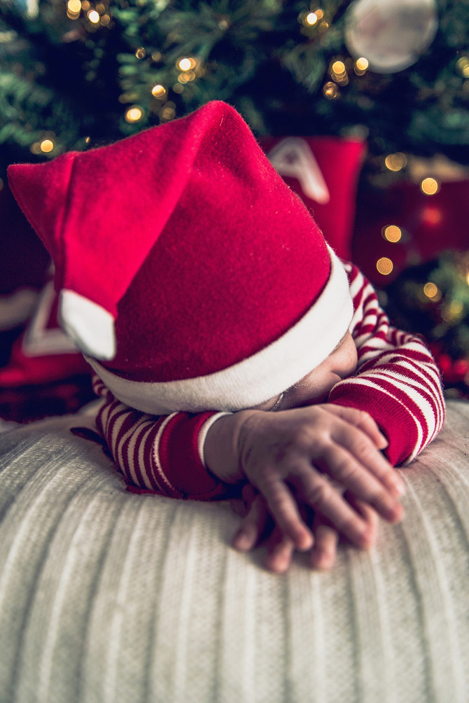 Avoiding Sleep Regressions During the Holidays