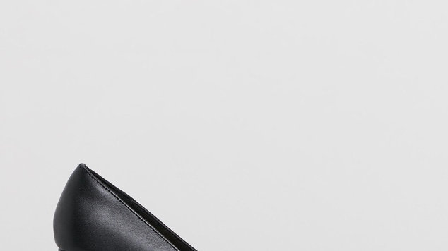 Human Premium Shoes Knox Block Heel Court