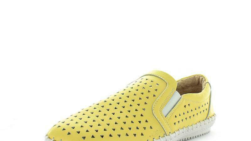 Just Bee Crimson Lemon Leather sneaker