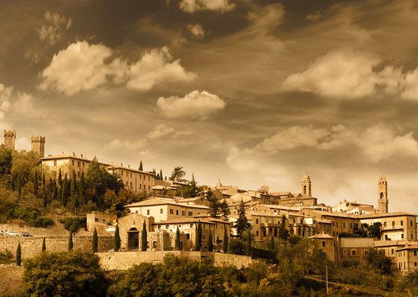 montalcino_town.jpg