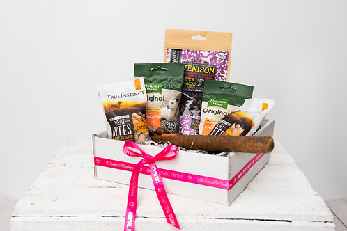 Perfect Pet Treat Box for Dogs - Meaty Madness