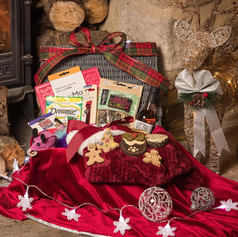 Perfect Pet Luxury Christmas Hamper for Cats