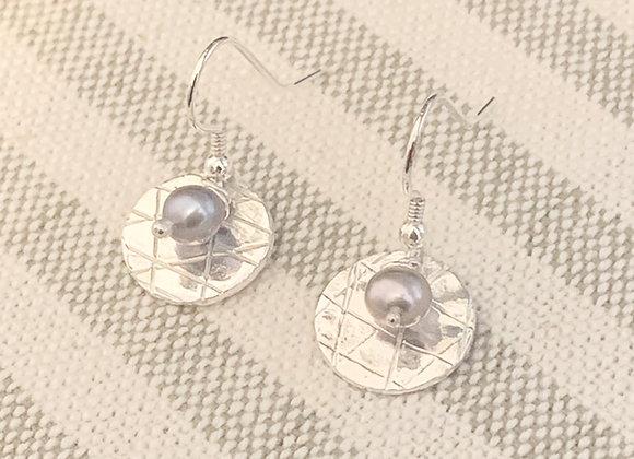 Scribbled Grey Pearl Hanging Earrings