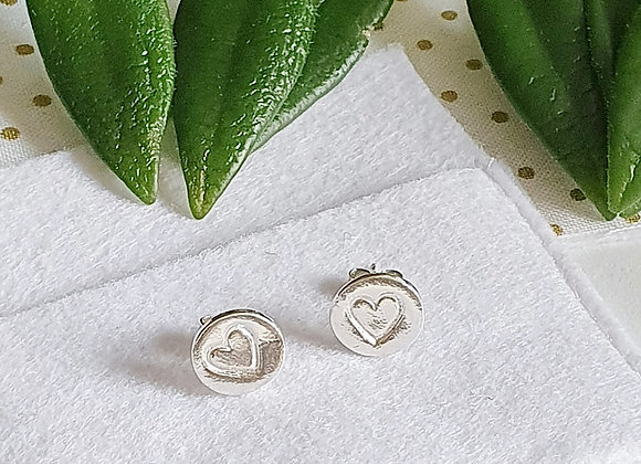 Heart Pattern Circle Earring Studs - Giftbox