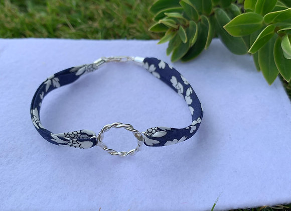 Twisted Hoop Liberty Capel Marine Bracelet