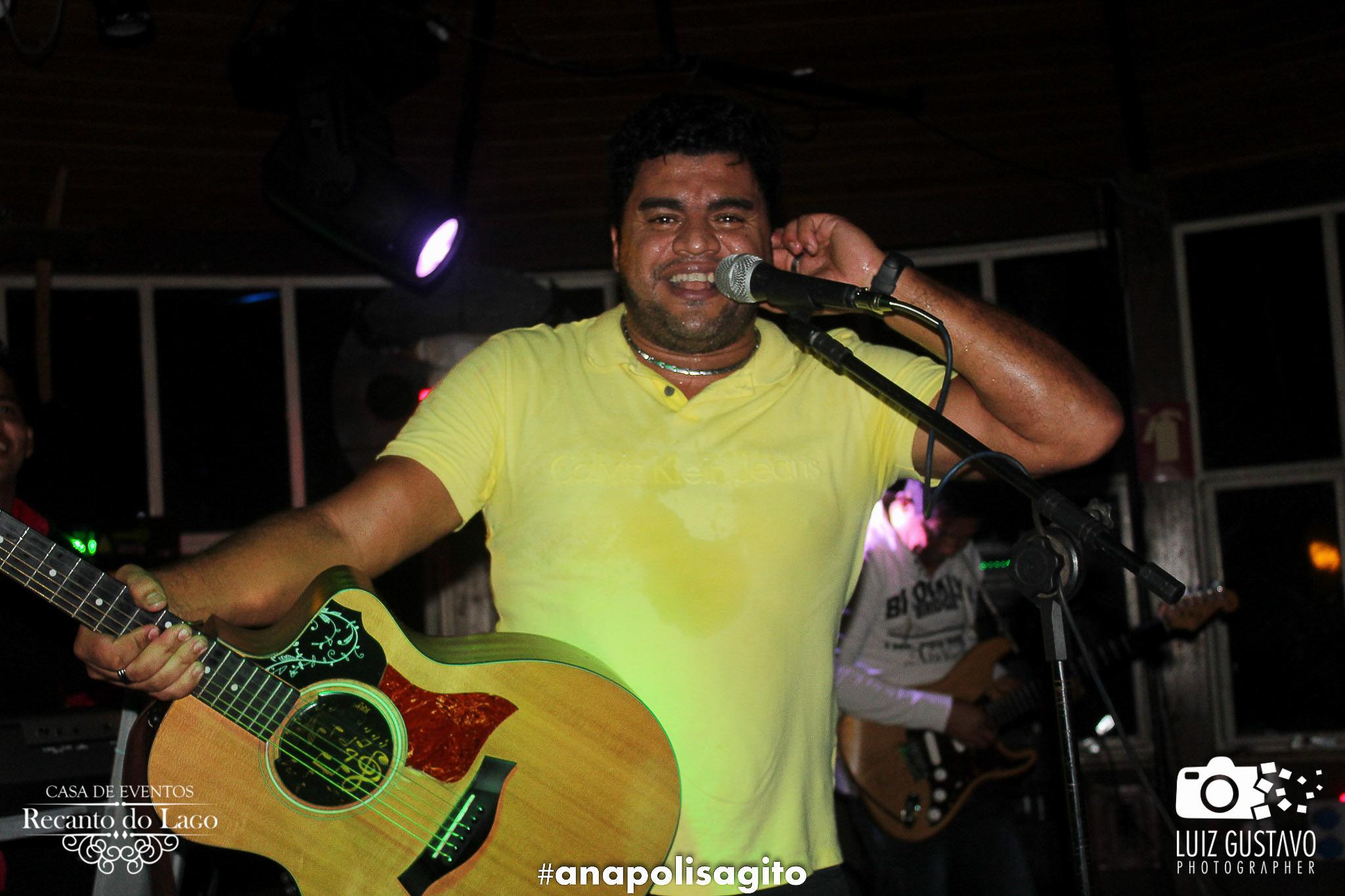 Luiz Gustavo-74