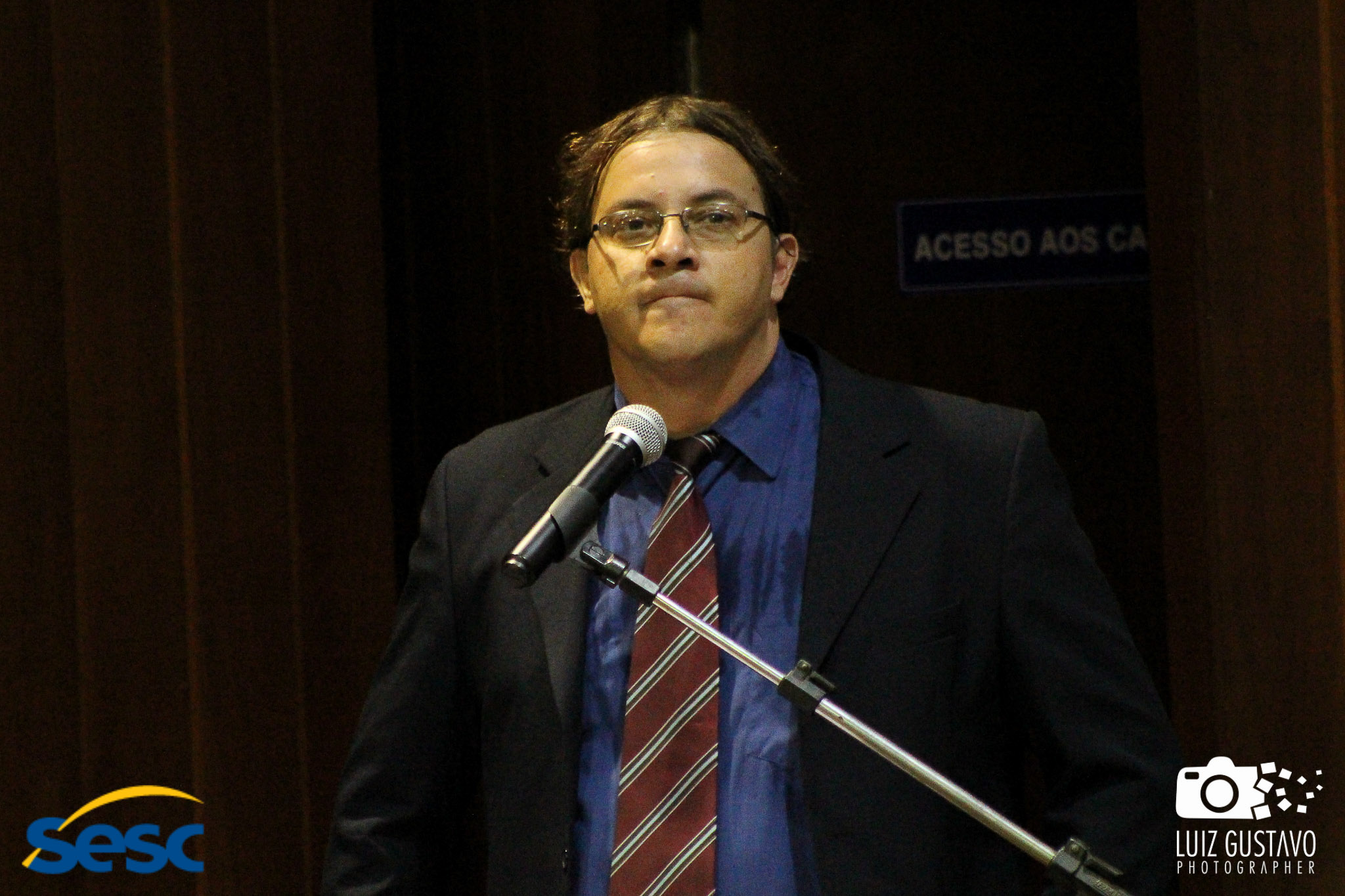 Luiz Gustavo-39
