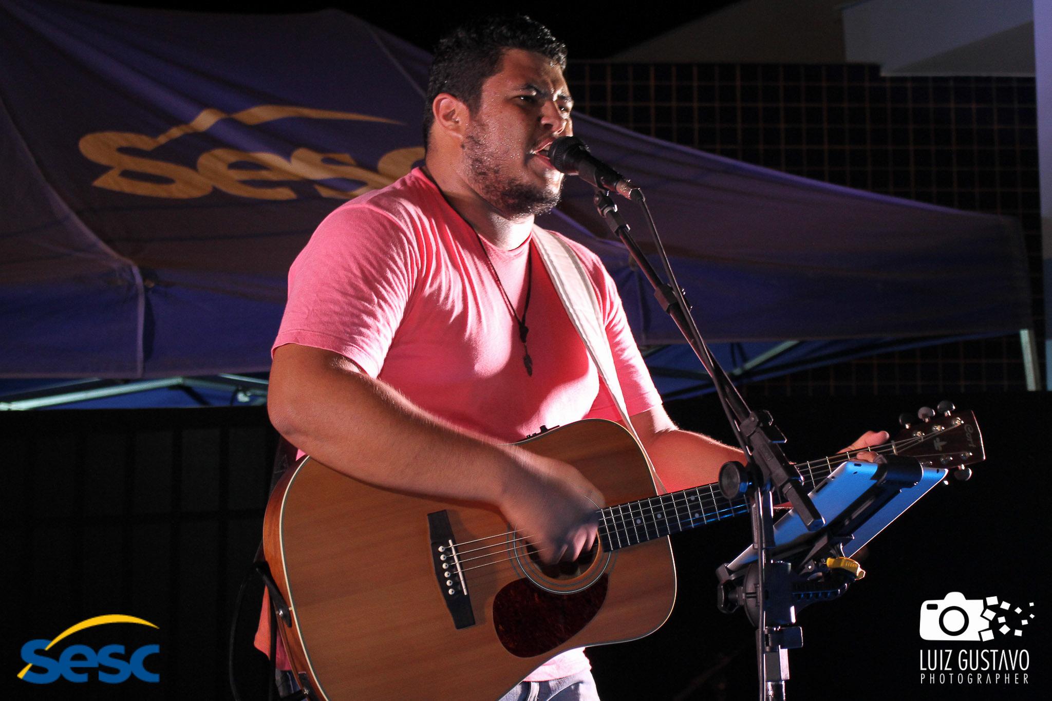 Luiz Gustavo-7